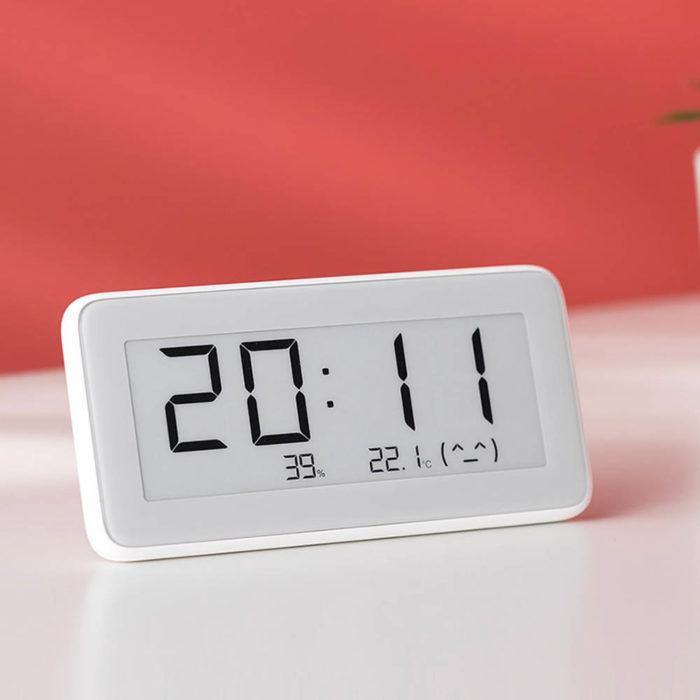 Xiaomi Mijia Temperature And Humidity Electronic Watch (LYWSD02MMC)